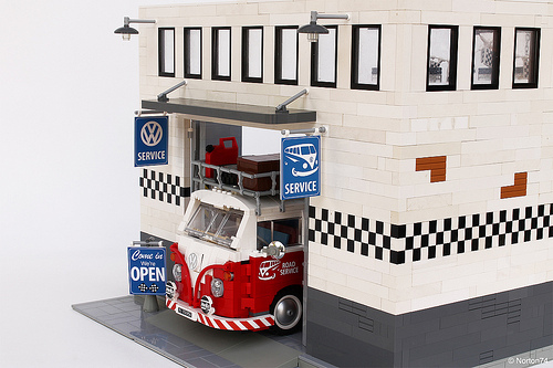 Lego Volkswagen Garage