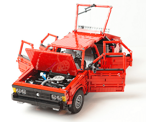 Lego Technic Supercar FSO Polonez