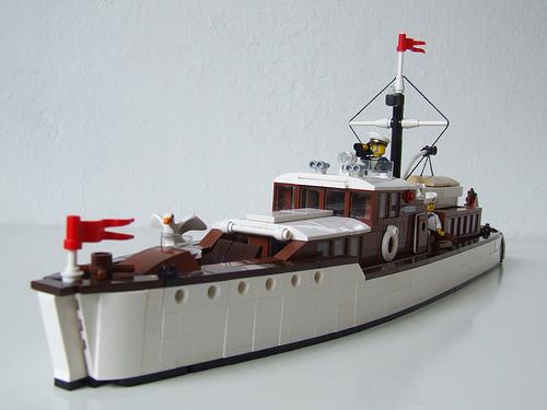 Lego Yacht