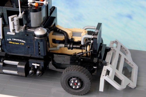 Lego Mack RL700 Truck