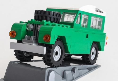 Lego Land Rover Series II