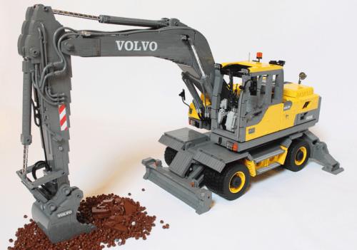 Lego Volvo Excavator