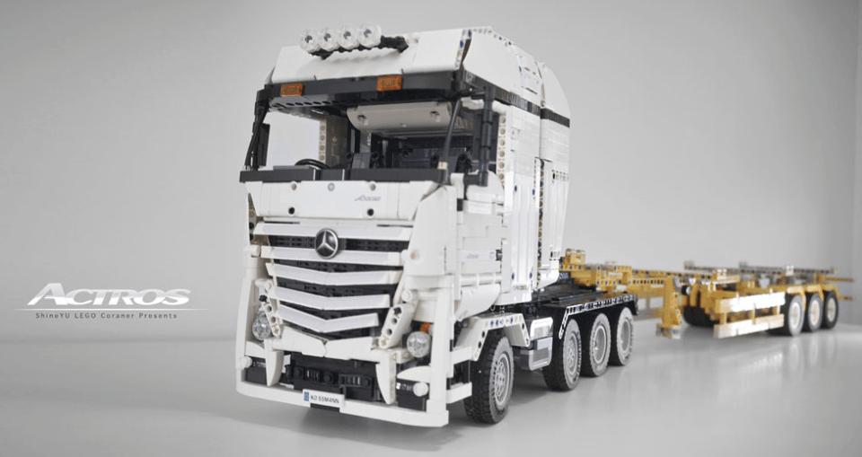 Lego Technic Mercedes Truck RC