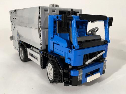 Lego Technic Volvo FE Refuse Truck