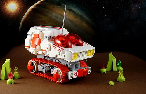 Lego Sci-Fi Ambulance