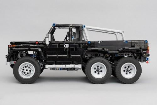 Lego Mercedes-Benz G-Wagon 6x6 RC