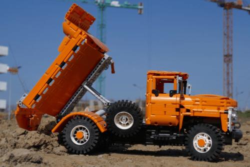 Lego Technic Zil 130 MMZ Truck