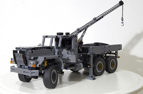 Lego Technic Military Tow Truck