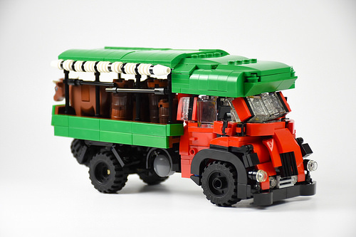 Lego Lionhead Truck