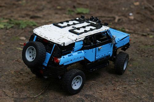 Lego Technic Toyota FJ Cruiser