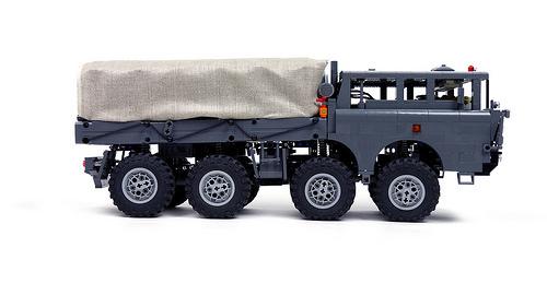 Lego Tatra T-813 8x8 Kolos Sariel