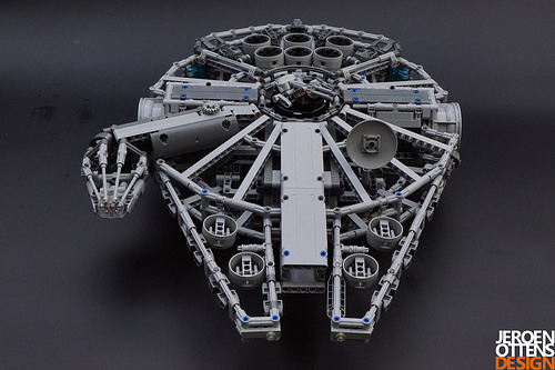 Lego Technic Millennium Falcon