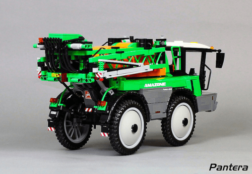 Lego Amazone Pantera 4502 Crop Sprayer RC