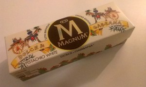 I had Magnum Limited Version with my friends as well! ❤Magnum Dolce & Gabbana❤