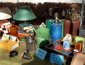 These old petroleum cans turned into lamps would be a eclectic addition to any tree-huggers' living room.