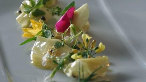Salad using garden grown flowers