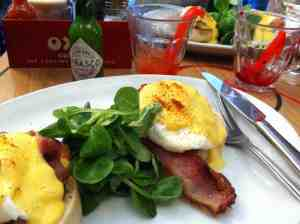 Brunch at the Polo Cafe, Bishopsgate, London