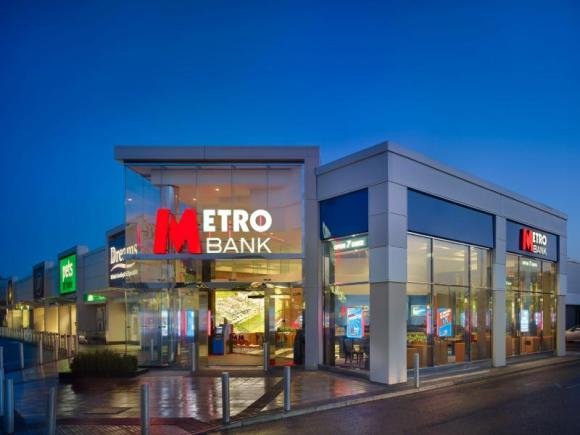 Metro Bank strikes deal with zopa peer to peer lending