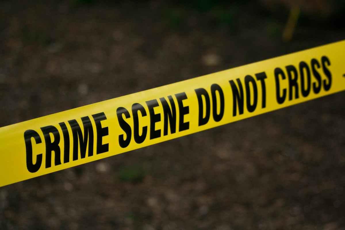 crime scene do not cross signage