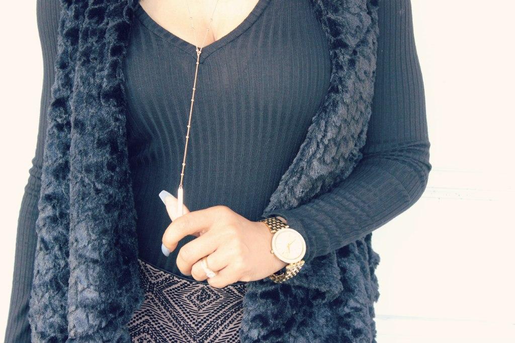winter fashion versona accessories