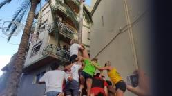 Festival-goers strive to reach the ham