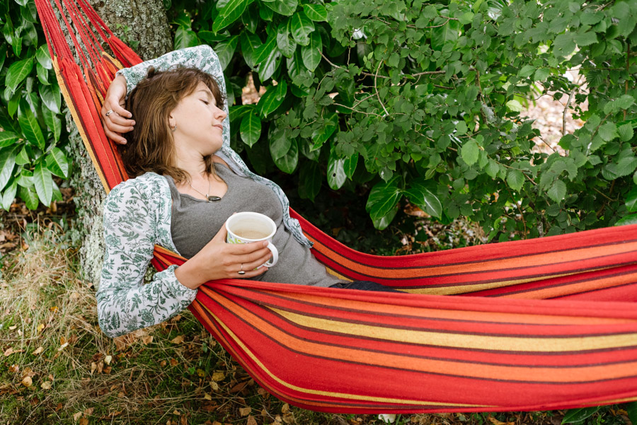 Simplifying life by relaxing in a hammock