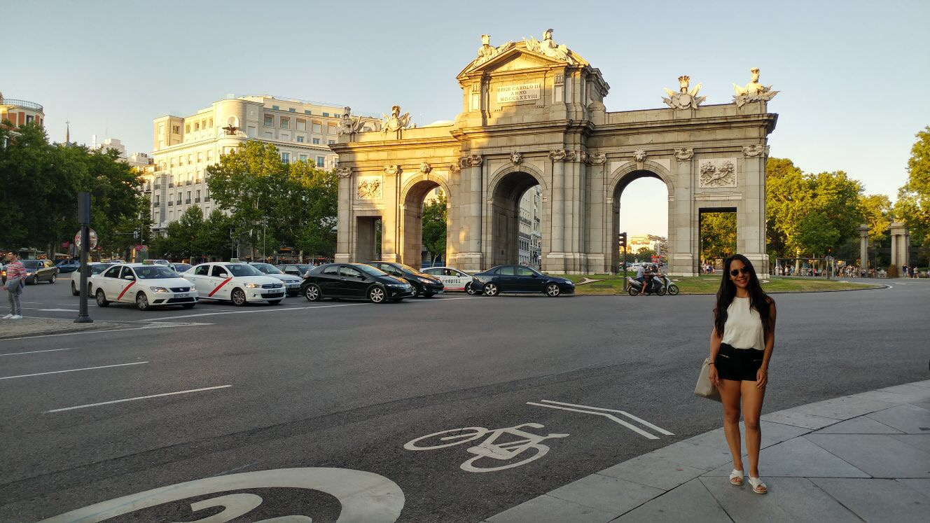 Espana - Madrid - Puerta Alcala