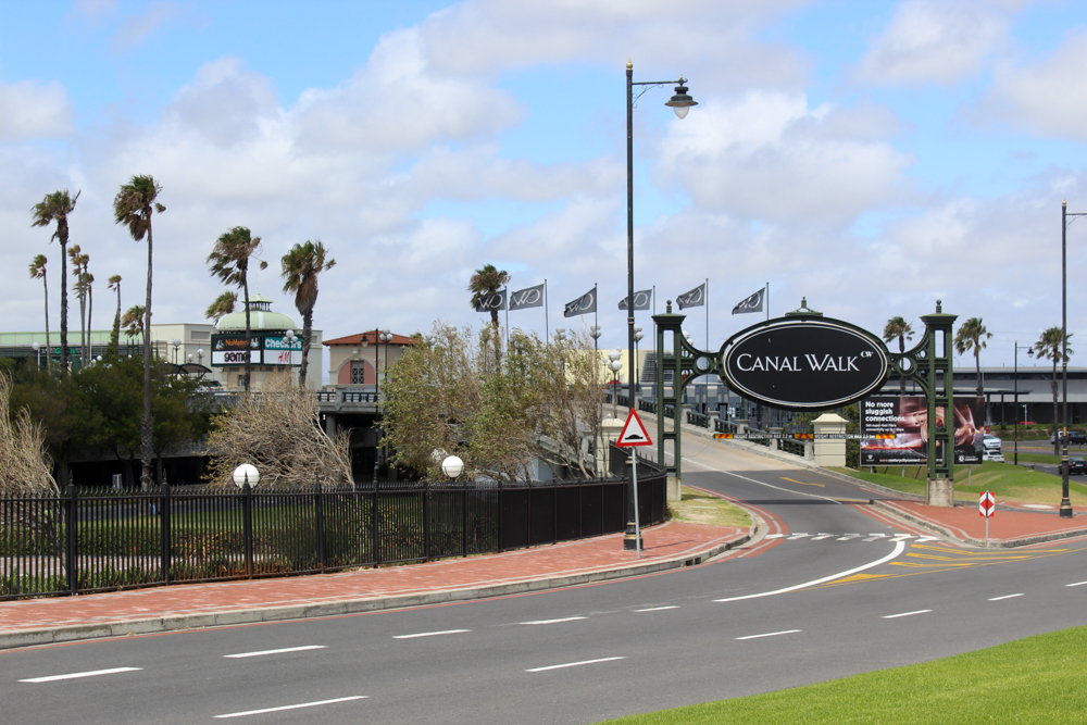 Canal Walk: the 3rd largest shopping centre in Africa