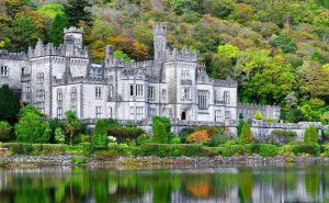 Kylemore Abbey, Co Galway thumb