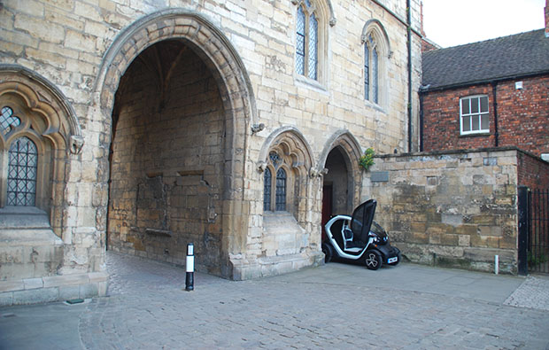 Renault's electric Twizy was one of my highlights of 2013 and perfect for exploring parts of Lincoln in regular cars simply don't fit.
