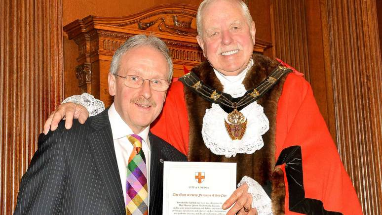 John Campbell, Honorary Freeman, with Mayor of Lincoln Patrick Vaughan. Photo: CoLC
