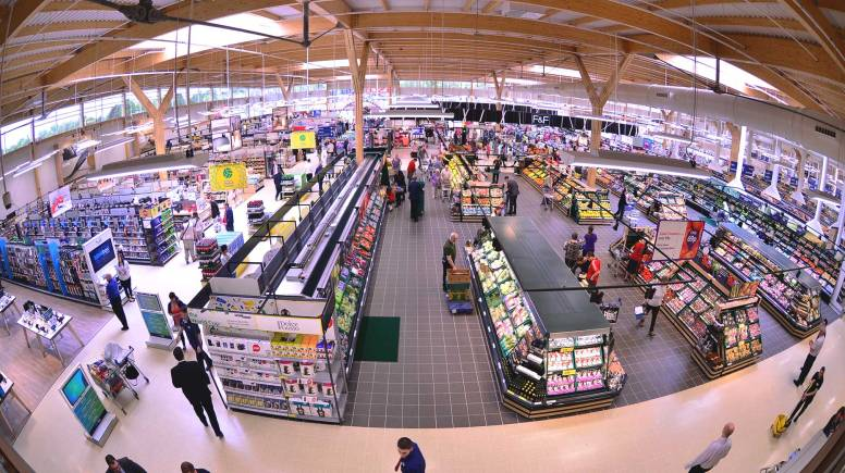 The new 80,000 sq ft Tesco store. Photo: Steve Smailes for The Lincolnite