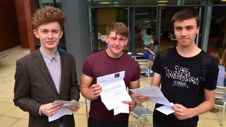 Lincoln College students receiving their exam results. Photo: Steve Smailes for The Lincolnite