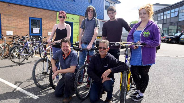 The first session of the bike recycling scheme in Lincoln. Photo: Steve Smailes for The Lincolnite