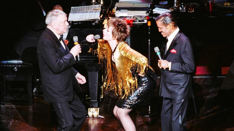 Frank Sinatra getting drunk on stage. Photo: Mike Maloney