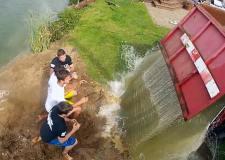 lincoln_ice_bucket_challenge_15_tonnes