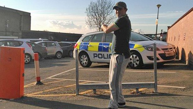 """Aaron Bee posted a number of comments and pictures taunting Lincolnshire Police . This picture was captioned: """"Just a quick selfie outside Lincoln police station #theystillcantcatchme"""""""