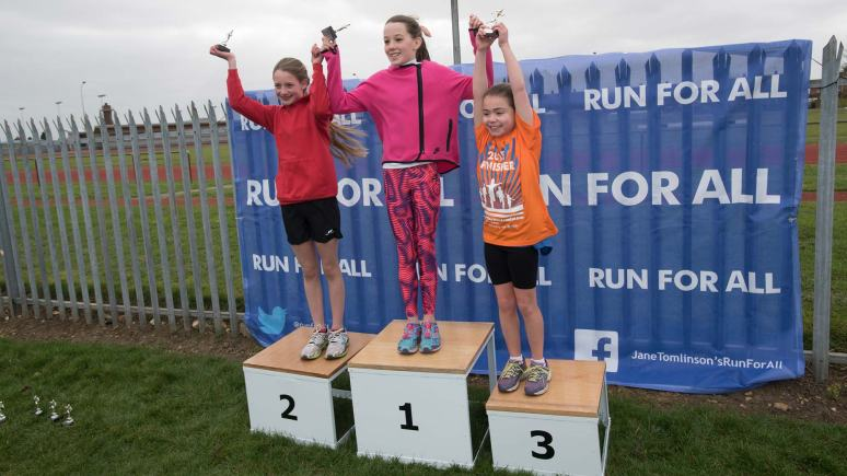 Mini Run winners Emily Crookes, Eleanor Clarkson and Molly Warburton. Photo: Steve Smailes for The Lincolnite