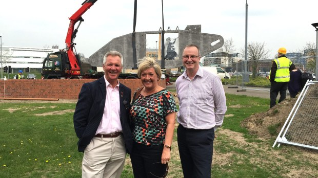 (L-R) Joe and Julie Cooke of the Lincoln Tank Memorial Group, and Allen Wilds, Managing Director of Rilmac.