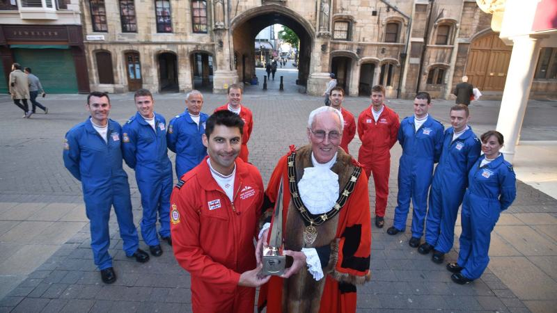 The Red Arrows with Mayor of Lincoln Councillor Brent Charlesworth. Photo: Steve Smailes for The Lincolnite