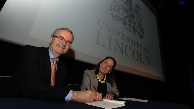 Jonathan Taylor, Vice President of the European Investment Bank and Professor Mary Stuart, Vice Chancellor of the University of Lincoln. Photo: Steve Smailes for The Lincolnite