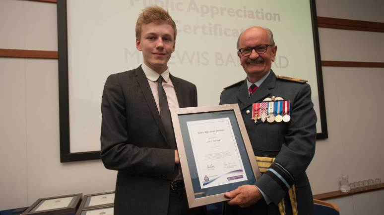 Teen thanked for help with Lincoln murder case at police awards