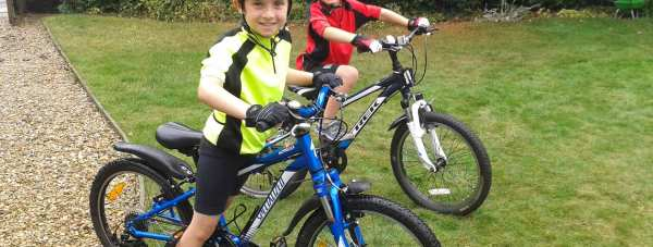 Jack (left) and Sam (right) preparing for their coast to coast bike ride. The cycling equipment has been donated by Cyclesport