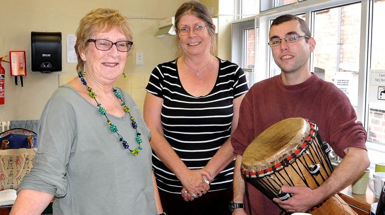 (L-R) Revival-Lincoln volunteers Linda Scrutton and  Jan Goff with Jainaba!'s Paul Haslam