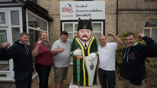Staff from Lincoln Digs posing with the Freeman Baron. Photo: Steve Smailes for The Lincolnite