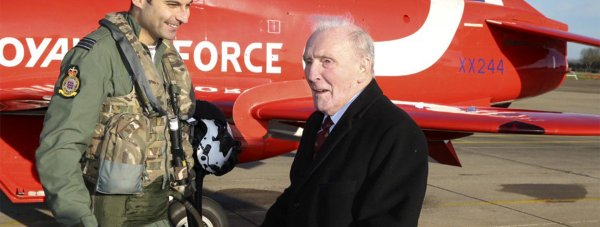 95-year-old Johnny Johnson with Team Leader of the Red Arrows, David Montenegro