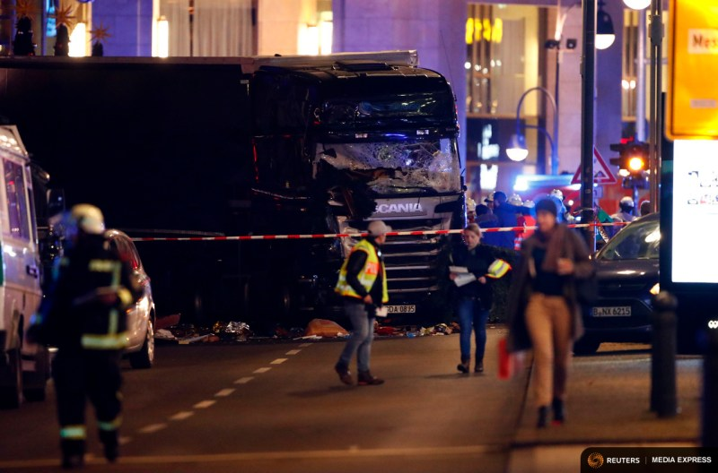 Truck near the Christmas market in Berlin, Germany. 12 people were killed in the attack and 48 injured. Photo: REUTERS/Fabrizio Bensch