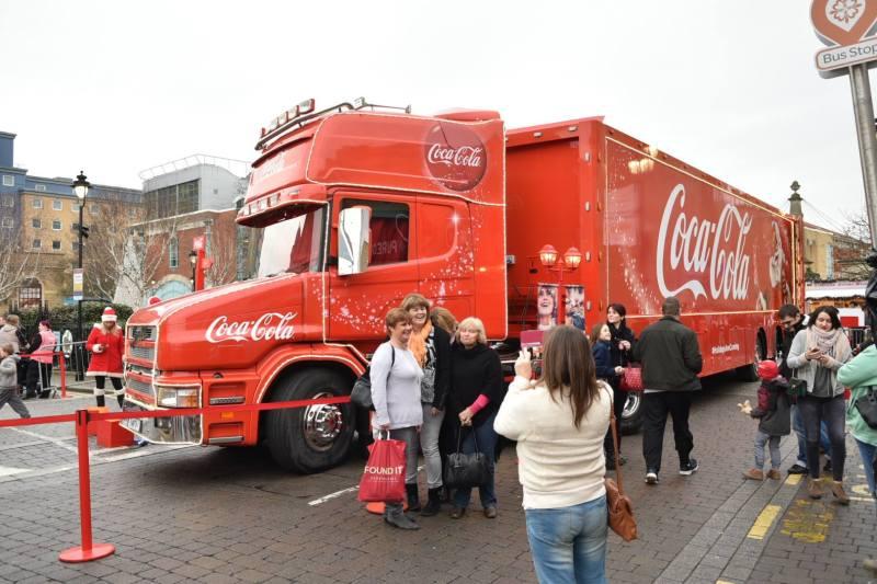 coca-cola-truck-lincoln-2