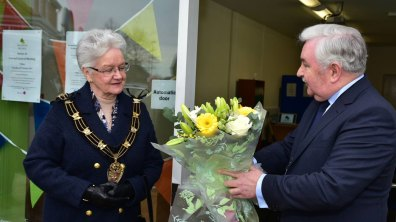 Mayor of Lincoln Yvonne Bodger and Eddie Strengiel, Chairman of Birchwood Big Local. Photo: Steve Smailes for The Lincolnite