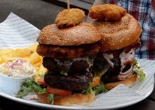Lincolnite vs Food: The Lion & Snake's double stacker